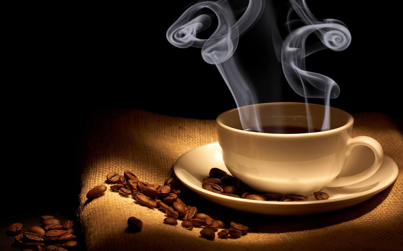 Uống cà phê giảm nguy cơ mắc bệnh ung thư, kéo dài tuổi thọ.