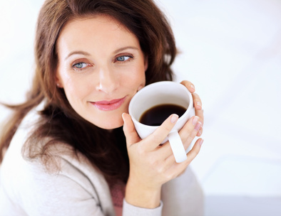 Uống cà phê phòng chống bệnh ù tai